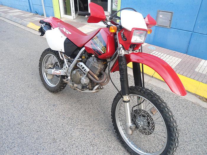 HONDA-XR-400-R-delantera